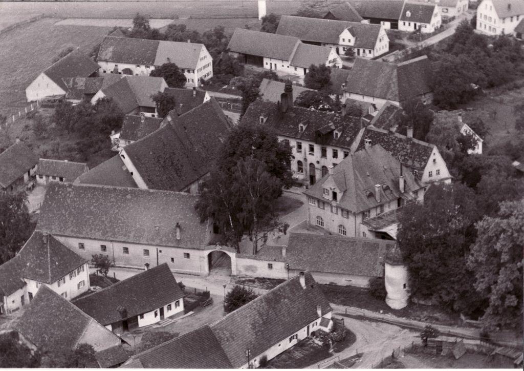 Historischer Rückblick: Das Schloss in Emersacker